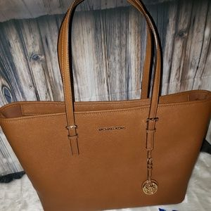 Michael Kors Retired MD Multifunctional Tote